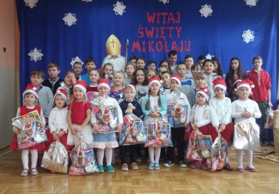Spotkanie z Mikołajem w Szkole Podstawowej w Sędziszowej