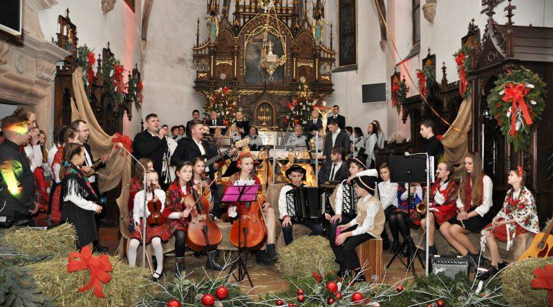 I Koncert Kolęd i Pastorałek w Bobowej- Relacja