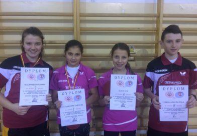 Złoto i srebro dla dziewcząt z Wilczysk w tenisie stołowym