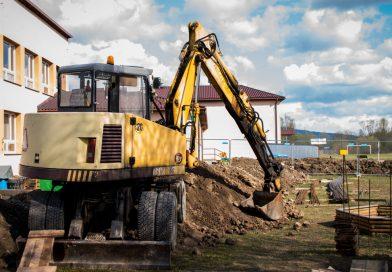 Trwają prace przy rozbudowie Szkoły Podstawowej w Wilczyskach