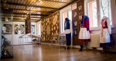 Galeria Koronki Klockowej wznawia swoją działalność